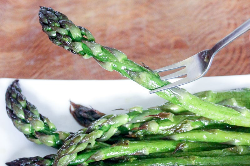 Simple Oven Roasted Asparagus - Delicious on a Dime